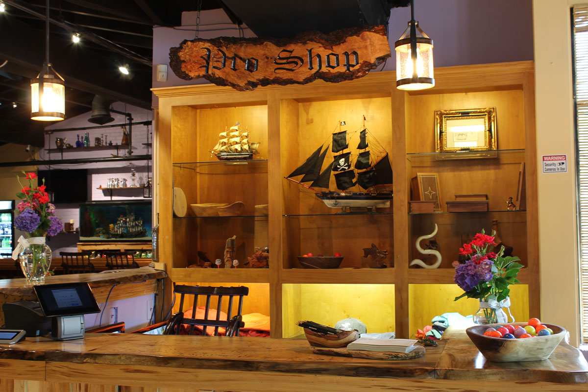 captain-jacks-proshop-interior
